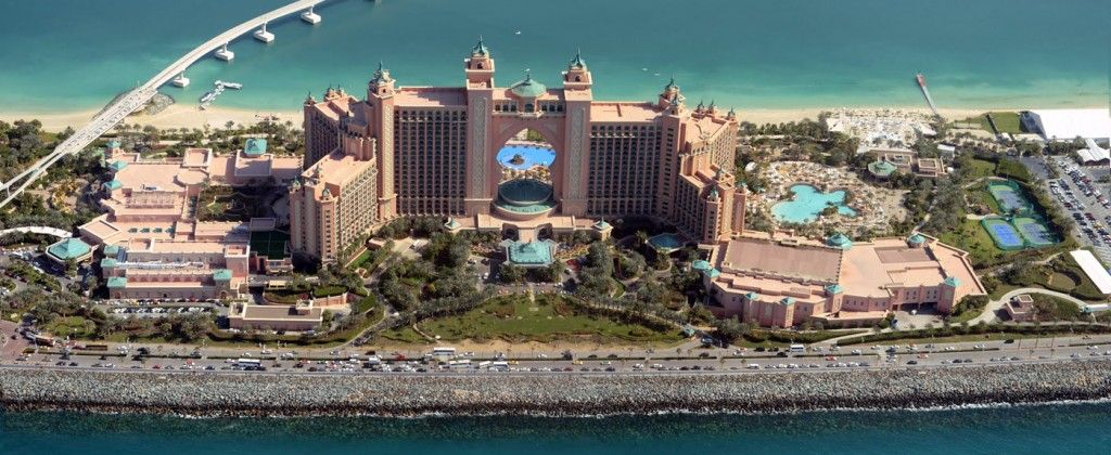 The-Atlantis-The-Palm-hotel