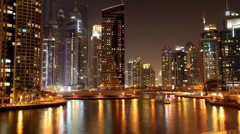Ver Dubai Nocturno - See Dubai Tours - Alquiler de Yate en Dubai Marina