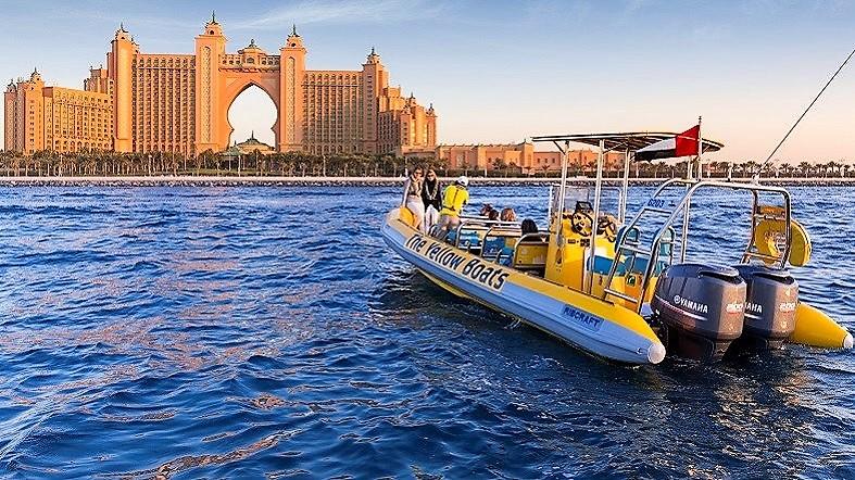 Yellow Boats Original Tours_Atlantis The Palm_See Dubai Tours